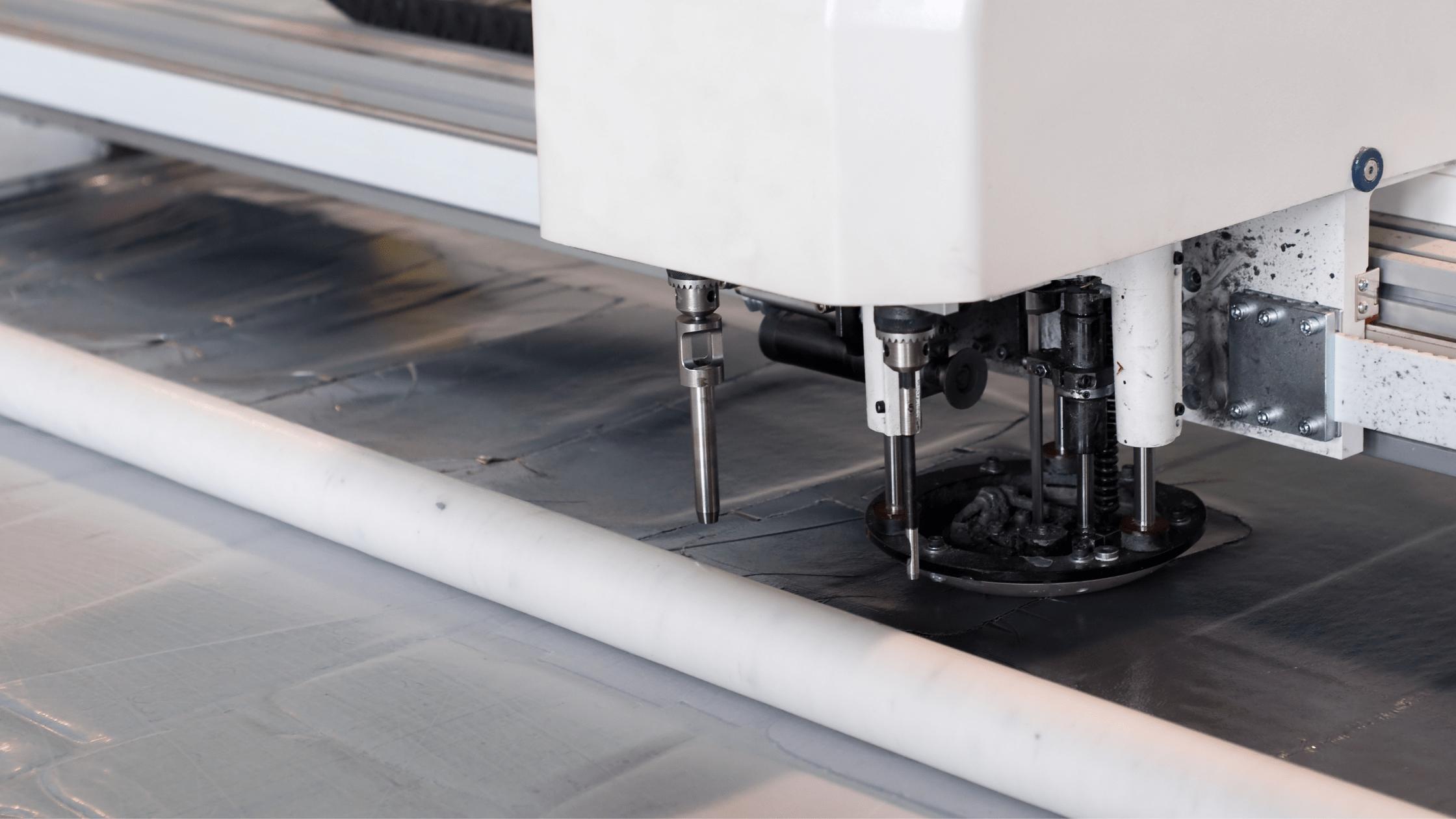 taglio automatico tessuti